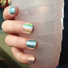 Jamberry Nails, Barely Blue and Chameleonaire. #chameleonaireJN #barelyblueJN #jamberry #jamberrynails #beauty #nails #nailart #girly