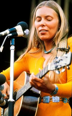 Joni Mitchell .. .I've only had the pleasure of seeing her in concert once. It was memorable.