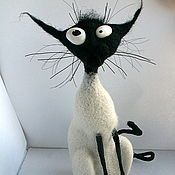 Hand made soft-sculpture dolls and characters - adorable soft sculptured cats Wet Felting, Needle Felting, Crazy Cat Lady, Crazy Cats, Felt Animals, Cute Animals, Toy Art, Here Kitty Kitty, Soft Sculpture
