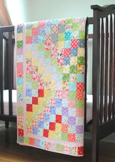 Clover & Violet — Scrappy Trip Around The World {Quilt Finish}: Larger strip sets Girls Quilts, Baby Quilts, Quilting Projects, Quilting Designs, Sewing Machine Quilting, Sewing Machines, Quilt Storage, Homemade Quilts, Charm Quilt