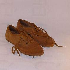 840d3fbdfd A(z) cipők nevű tábla 9 legjobb képe   Dressy flat shoes, Loafers ...