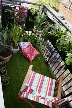 Apartment patio garden ideas small balcony garden ideas small patio v Apartment Patio Gardens, Apartment Balconies, Small Balcony Garden, Small Patio, Balcony Ideas, Balcony Gardening, Small Balconies, Balcony Plants, Corner Garden