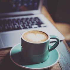 Ama lo que haces y los resultados serán geniales. Un café para agarrar mínimo y salir a comerte el mundo.  En nuestra hermosa ciudad hay muchísimos emprendimientos que dan lo mejor de sí cada día para llegar a sus seguidores y lograr la mejor experiencia de compra.  #publicidad #gastronomia #Coaching #eventos  #eventoscorporativos #alimentacion #nutricion #salud #chocolate #cacao #bienestar #emprendedores #asesoria #negocios #cafe #estetica #comercio #moda #maracay #venezuela  #fotografia…