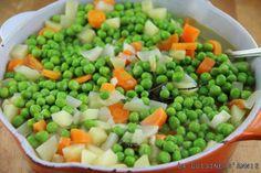 Jardinière de légumes nouveaux Fruit Salad, Cantaloupe, Bacon, Beans, Food And Drink, Dishes, Vegetables, Cooking, Food Food