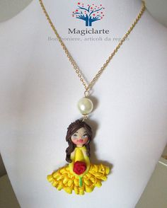 Collana con bambolina Belle di Magicla su Etsy