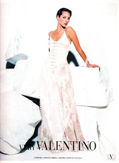 https://flic.kr/p/woBhM1 | Valentino 1994 | Christy Turlington
