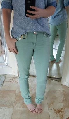 January stitch fix. Level 99 Giovanni Straight Leg Jean in teal green. $108 kept. Ok I did not need any more jeans, but Silla was right, these are just pretty. Love that she sent me this Skies are Blue Talar Top to wear with them too. :) Kept all 5!