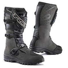 New to GhostBikes for 2014 the TCX Track Evo Waterproof Boots. These boots are superb for wearing on and off road when you need more comfort with all the same protection as a pair of moto-x Boots. Get your TCX Track Evo Waterproof Boots from Ghostbikes! Mx Boots, Bike Boots, Mens Motorcycle Boots, Combat Boots, Motorcycle Equipment, Waterproof Motorcycle Boots, Waterproof Boots, Riding Gear, Riding Boots