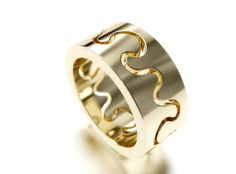 Kristian Saarikorpi ~Puzzle I Ring in white and yellow gold, W/VS diamond. Lace Ring, Jewelry Design, Unique Jewelry, Gemstone Rings, Puzzle, Wedding Rings, Trending Outfits, Handmade Gifts, Diamond