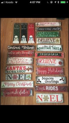 Easy DIY Christmas Decor Ideas for Front Porch - Wooden Signs christmasdecorations holidaycrafts 550987335663063707 Christmas Wooden Signs, Christmas Wood Crafts, Diy Christmas Decorations Easy, Pallet Christmas, Holiday Signs, Noel Christmas, Primitive Christmas, Rustic Christmas, Holiday Crafts