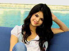 Celebrity Selena Gomez Actress Mini Poster 13x19 High Definition Collectible
