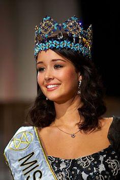 Unnur Birna Vilhjálmsdóttir - 2005 Miss Mundo, Miss World, Beauty Pageant, Crown, Beautiful, Top, Fashion, Iceland, Moda