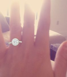 Literally the ring i want for my wedding omg so pretty
