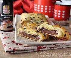 Treccia di sfoglia al cioccolato, ottima da gustare sia calda che fredda