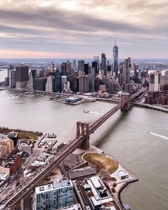 New York Clique aqui http://mundodeviagens.com/melhores-destinos-sonho-viajantes/ e faça agora mesmo Download do nosso E-Book Gratuito com 30 DESTINOS DE SONHO PARA VIAJANTES