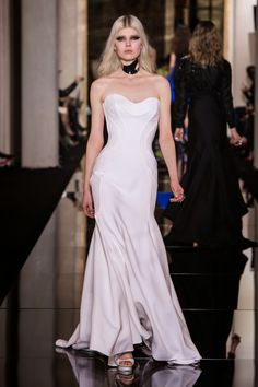 PFW: Atelier Versace apre la settimana della moda a Parigi - Travel and Fashion Tips by Anna Pernice