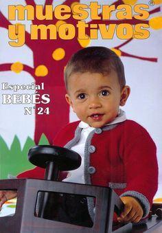 ЖУРНАЛЫ Muestras y Motivos Knitting For Kids, Baby Knitting, Crochet Baby, Knit Crochet, Knitting Magazine, Crochet Magazine, Crochet Books, Heirloom Sewing, Baby Patterns