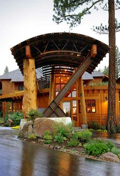 Cedar House Gallery // Cedar House Sport Hotel north Lake Tahoe
