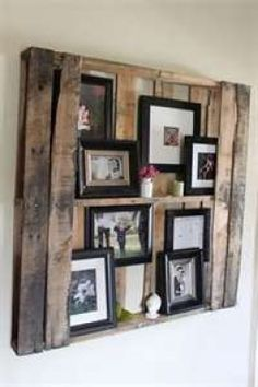 wooden pallet picture frame holder thing...? I want it. @Eric Newman