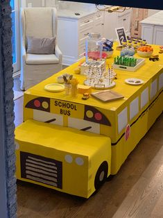 Parkers Wheels on the Bus Birthday party details are now on Baby Boy 1st Birthday Party, 2nd Birthday Party Themes, 1st Boy Birthday, Baby Party, Birthday Party Decorations, Birthday Ideas, School Bus Party, Back To School Party, School Parties