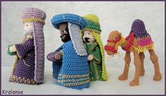 Crocheted Christmas Creche Figures - for crochet nativity set- I wish I had the skill to makes these! Crochet Christmas Gifts, Crochet Christmas Decorations, Crochet Decoration, Holiday Crochet, Christmas Knitting, Crochet Gifts, Christmas Crafts, Crochet Patterns Amigurumi, Crochet Dolls