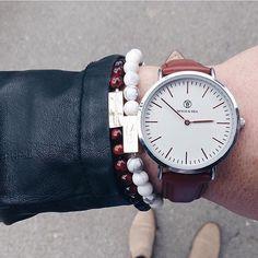 Watch from Wood & Sea bracelets from @stilfabriken.     #dailywatch #watch #watchstyle #instawatch #menwatch #watchoftheday #mensgoods #menstyle #instastyle #timepiece #klocka #mrwatchguide #watchmania #accessories #preppy #inspiration #fashion #watchstrap #klocksnack #tidssonen #watchdaily #horology #watchporn #wristwatch #wotd #dinkawatches #vintage #woodseawatches #woodsea