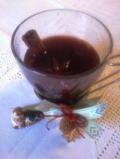 H μάνα του ... λόχου: Gluhwein, το γιορτινό κρασί! Group Meals, Greek Recipes, Bon Appetit, Love Food, Pudding, Drinks, Tableware, Board, Desserts