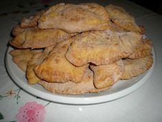 Truchas de batata Las Truchas son un dulce típico, de las islas canarias en la época navideña. Se pueden tomar...