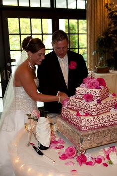 Pretty in Pink Wedding Cakes Photos on WeddingWire