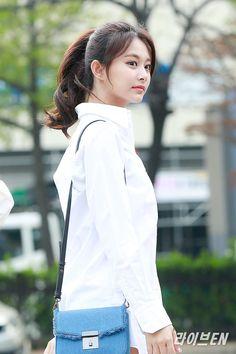 South Korean Girls, Korean Girl Groups, Chou Tzu Yu, Korean Girl Fashion, Tzuyu Twice, Just Girl Things, Beautiful Asian Girls, Kpop Girls, Asian Beauty