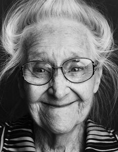 Beautiful monochrome portraits of Alzheimer's patients by Alex Ten Napel