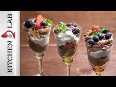 Trifle με μούρα | Άκης Πετρετζίκης