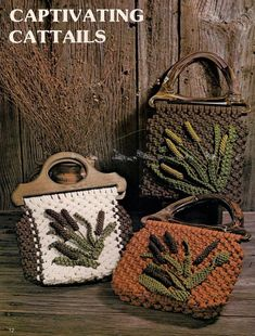 Tote Pattern, Purse Patterns, Pottery Painting Designs, Macrame Purse, How To Make Purses, Vintage Purses, Macrame Patterns, Knitted Bags, Book Crafts
