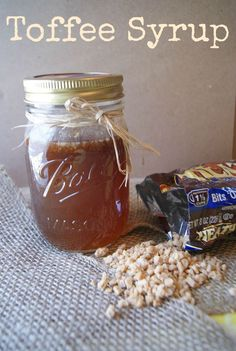 Easy Toffee Syrup Recipe Fall Entertaining Drinks Divine Lifestyle – Desserts World Homemade Syrup, Homemade Sauce, Homemade Toffee, Toffee Syrup Recipe, Salsa Dulce, Coffee Creamer, Coffee Syrups, Coffe Drinks, Coffee Coffee