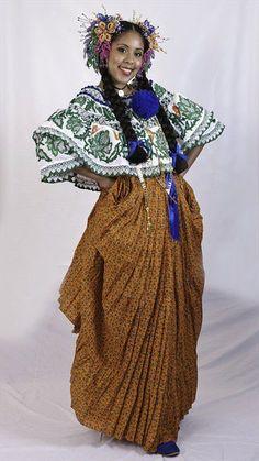 CREACIONES DE POLLERAS POCRÍ Montuna Santeña zurcida calada en tonos verdes y naranja. Lucida por Anny Meza, bailarina destacada en el ballet Raíces Panameñas deToronto (Canada). Confeccionada por: Edith Aparicio  y su equipo de trabajo. Labor: Luis De León V.