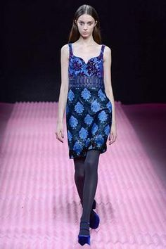 Mary Katrantzou Fall 2015 Ready-to-Wear Fashion Show: Complete Collection - Style.com
