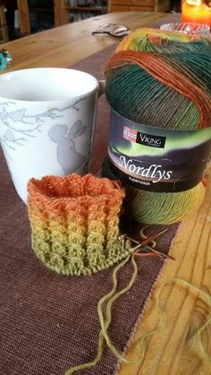 Vikings, Helpful Hints, Knitted Hats, Knit Crochet, Knitwear, Knitting Patterns, Projects To Try, Arts And Crafts, Sewing