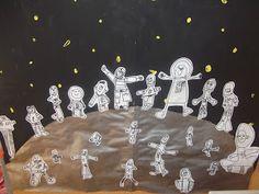 Mural dels astronautes de la classe.