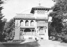 La Primavera, de Alejandro Bustillo Good House, English Style, South America, Taj Mahal, Architecture, House Styles, Travel, Home, Bs As