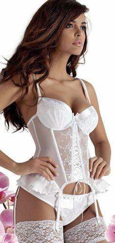 Jolie Lingerie, White Lingerie, Pretty Lingerie, Beautiful Lingerie, Lingerie Models, Bikini Models, Sexy Lingerie, Lingerie Outfits, Sensual