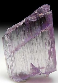 Kunzite- produces loving thoughts and communication, radiates peace, induces deep centered meditative state helps those who find it hard to enter into meditation, enhances creativity, strengthens circulatory system and heart muscle, soothes joint pain