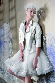 Un perfecto blanc pour la mairie? Max Chaoul Couture Collection mariage - I Love You - Riga wedding dress