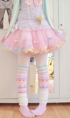 fairy kei pastels <3 Don't like the white leg warmer things but everything else is cute. | Fairy Kei Fashion ♡ | Pinterest