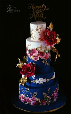 Garden of Roses by Zoeys Bakehouse - http://cakesdecor.com/cakes/259940-garden-of-roses