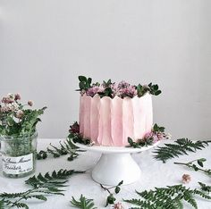 pink buttercream cake | linda lomelino interview with coco cake land