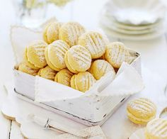 These sweet, melt-in-your-mouth biscuits are a beloved Australian classic. Lemon buttercream sandwiched between delicate shortbread biscuits. Anzac Biscuits, Shortbread Biscuits, Biscuit Cookies, Biscuit Recipe, Lemon Biscuits, Shortbread Bars, Cookie Cups, Melting Moments Biscuits, Melting Moments Cookies