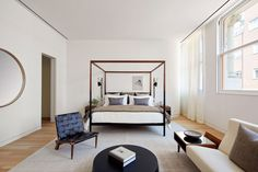 Shigeru Ban's Cast Iron House unveils its austere model apartment - Curbed NYclockmenumore-arrow : The Pritzker winner's second NYC project has been on the market since 2014 Nyc Real Estate, Luxury Real Estate, Nyc Projects, Shigeru Ban, Interior Architecture, Interior Design, Other Rooms, Bed Frame, Great Rooms