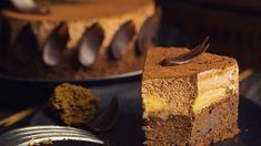 Brownie torta s banánmi a čokoládovou penou