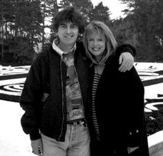 The very last picture of George Harrison and Pattie Boyd together.