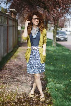 Loving the floral skirt and cardigan combo!